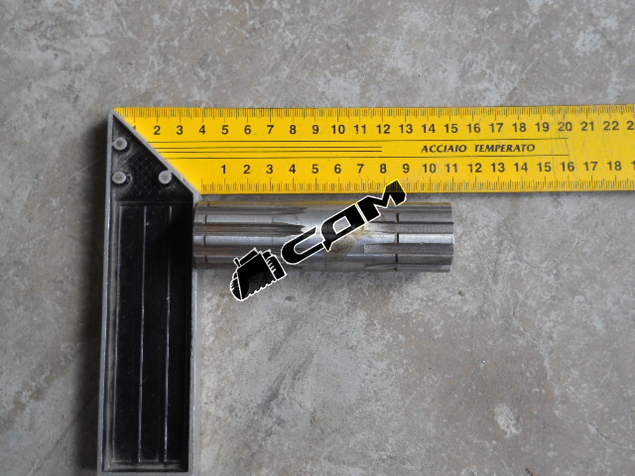 Вал привода масляного насоса CDM833  ZL30D-11-02/860114590
