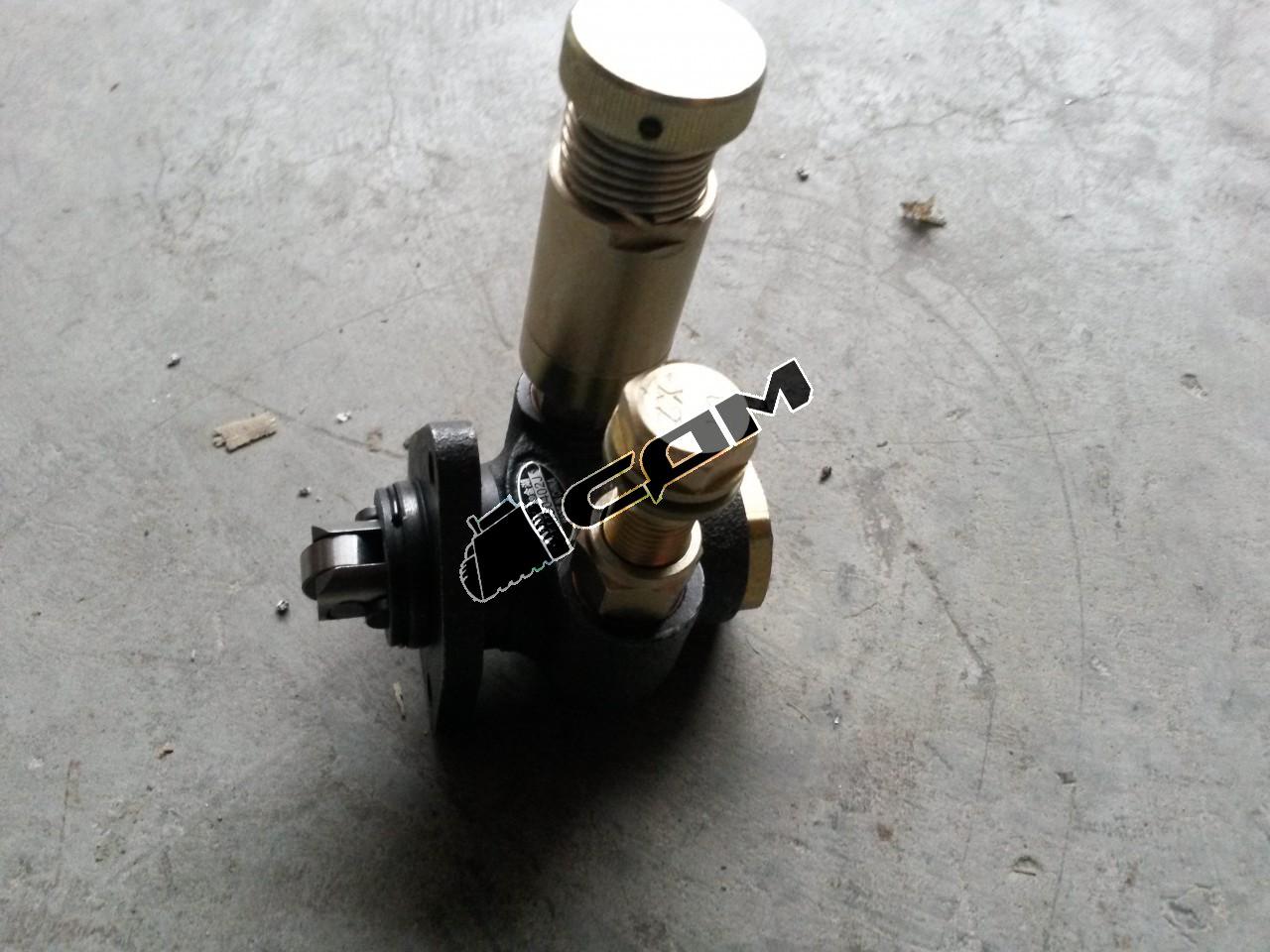 Насос топливо-подкачивающий низкого давления (ТННД)  CDM 833 13030186